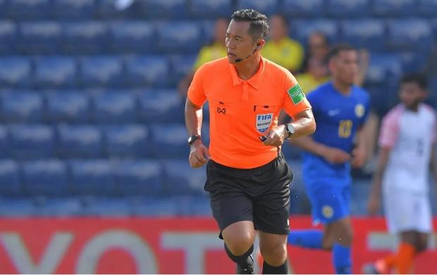 Trọng tài Thái Lan bắt chính trận Việt Nam - Curacao: Fan Việt lại có lý do để lo lắng - Ảnh 1.