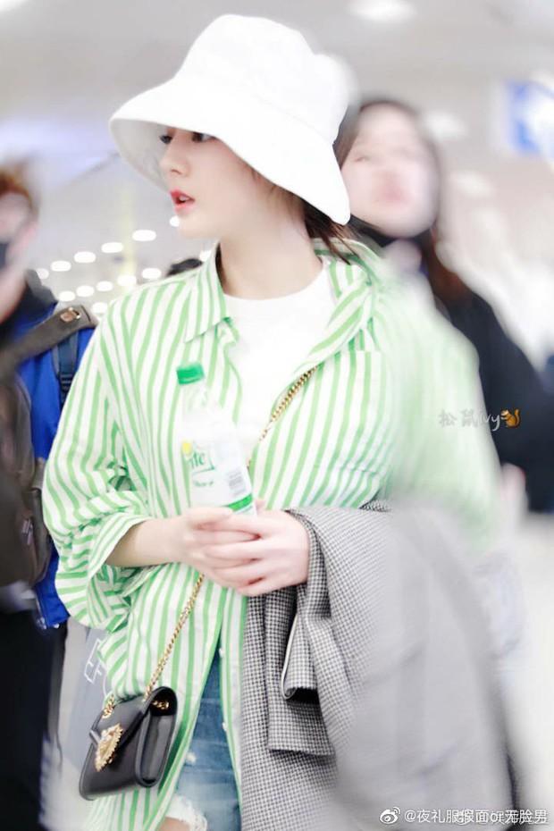 Màn so sánh bất ngờ của 2 nữ thần Hoa - Hàn: Jennie áp đảo thần thái lẫn body của Địch Lệ Nhiệt Ba? - Ảnh 5.