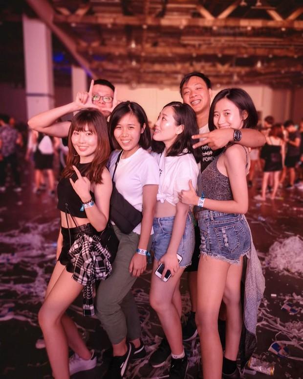 Gái xinh bốn phương tám hướng tụ hội tại lễ hội âm nhạc Ultra Singapore: Không có chất nhất, chỉ có chất hơn! - Ảnh 12.