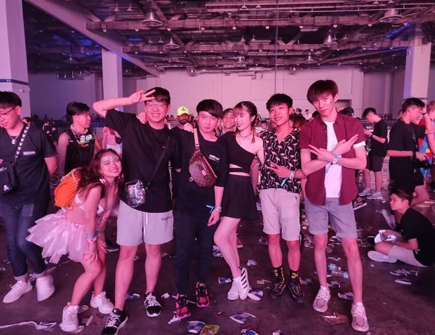 Gái xinh bốn phương tám hướng tụ hội tại lễ hội âm nhạc Ultra Singapore: Không có chất nhất, chỉ có chất hơn! - Ảnh 11.