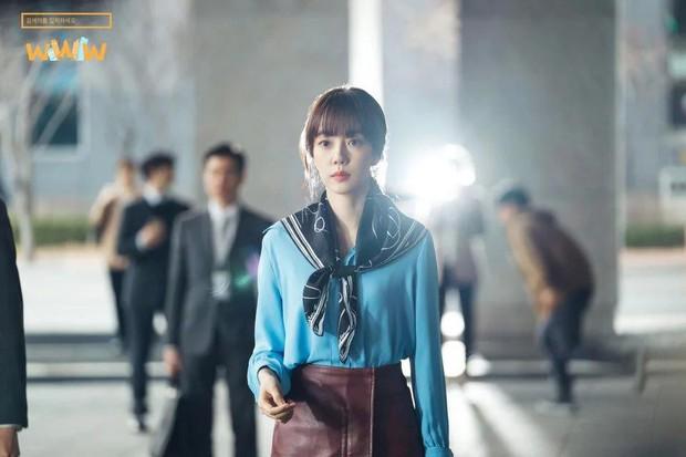 """5 lí do phải xem ngay """"Search: WWW"""" - Ba chị đại cung đấu vì top đầu ngầu nhất màn ảnh Hàn 2019 - Ảnh 11."""
