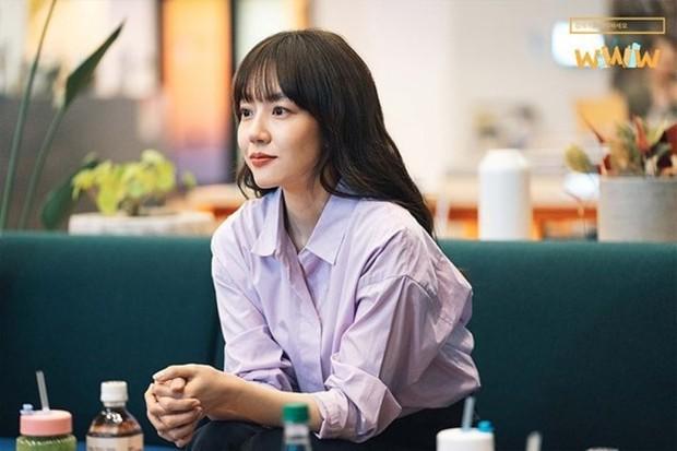 """5 lí do phải xem ngay """"Search: WWW"""" - Ba chị đại cung đấu vì top đầu ngầu nhất màn ảnh Hàn 2019 - Ảnh 12."""