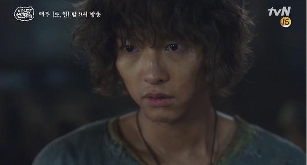 Kim Ji Won bùng nổ diễn xuất: Tự cắn đứt tay rồi bôi máu lên mắt, triệu hồi sói thần ngay tập 4 Niên Sử Kí Arthdal! - Ảnh 9.