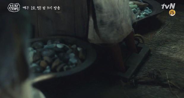 Kim Ji Won bùng nổ diễn xuất: Tự cắn đứt tay rồi bôi máu lên mắt, triệu hồi sói thần ngay tập 4 Niên Sử Kí Arthdal! - Ảnh 10.