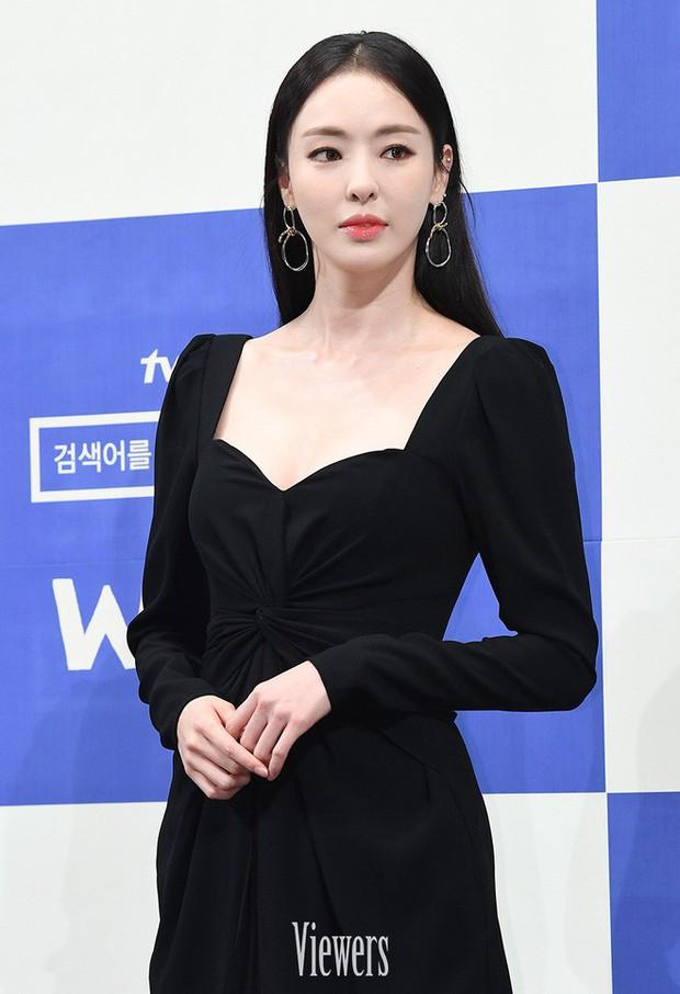 """5 lí do phải xem ngay """"Search: WWW"""" - Ba chị đại cung đấu vì top đầu ngầu nhất màn ảnh Hàn 2019 - Ảnh 4."""