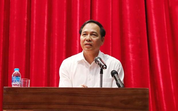 Gần 600 học sinh THPT ở Quảng Ninh nghỉ học phản đối chuyển trường: UBND tỉnh tổ chức đối thoại - Ảnh 3.