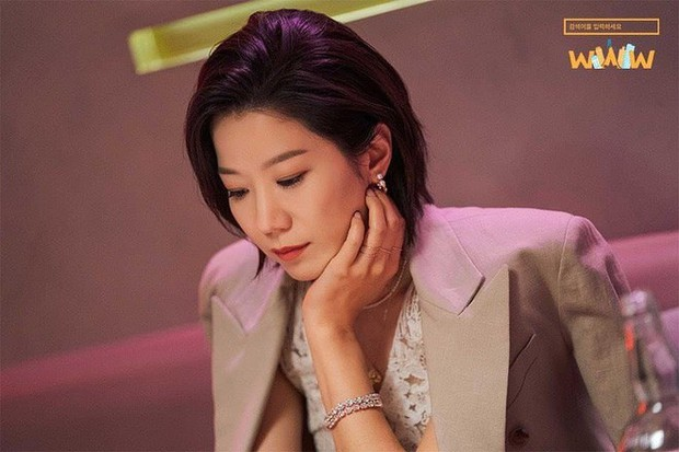 """5 lí do phải xem ngay """"Search: WWW"""" - Ba chị đại cung đấu vì top đầu ngầu nhất màn ảnh Hàn 2019 - Ảnh 6."""