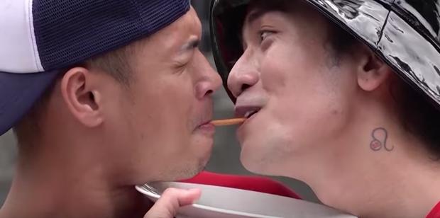 Running Man: BB Trần - Trương Thế Vinh môi chạm môi khiến cả làng hú hét - Ảnh 3.