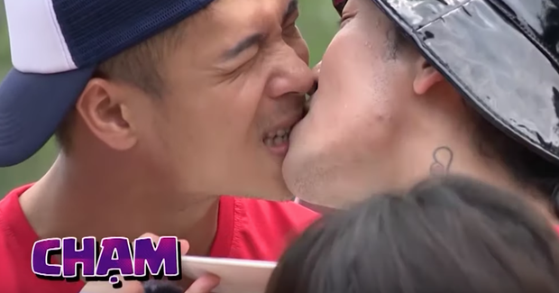 Running Man: BB Trần - Trương Thế Vinh môi chạm môi khiến cả làng hú hét - Ảnh 4.