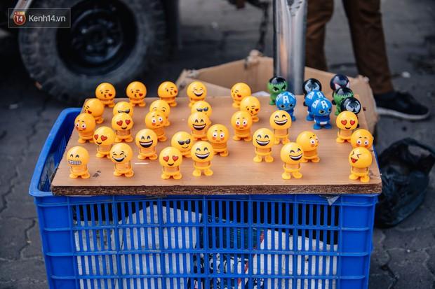 Người người nhà nhà đổ xô đi bán thú nhún lò xo Emoji, tự tin khoe thu nhập lên đến 5 triệu/ngày - Ảnh 5.