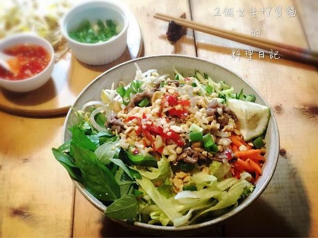 Ẩm thực Việt ở Đài Loan: Cao Hùng có bún thịt nướng nổi tiếng, Đài Bắc bị đánh giá là không ấn tượng lắm - Ảnh 5.