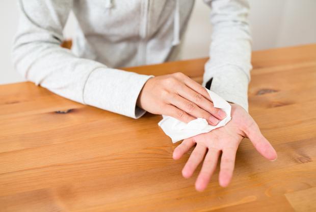 Bắp Ngô Kiến Huy mắc bệnh gì mà tay chảy mồ hôi liên tục khi tham gia Chạy Đi Chờ Chi? - Ảnh 4.