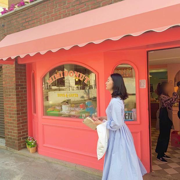 Quán xinh Jennie (BLACKPINK) vừa đăng hình đã có ngay 5 triệu like, nghe tên cứ tưởng cửa hàng bánh ngọt nhưng hoá ra lại bán thứ này - Ảnh 15.