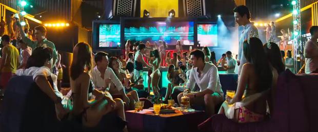 3 bộ phim có thể gợi cảm hứng cho Sơn Tùng MTP ngập chìm trong mỹ nhân ở MV Hãy Trao Cho Anh: Số 1 giống từ kịch bản đến cảnh quay! - Ảnh 15.