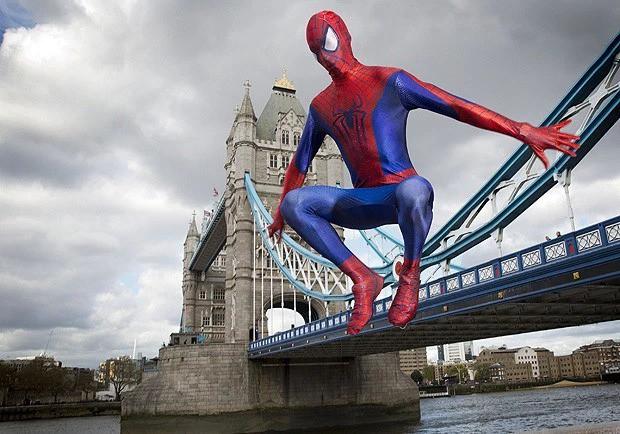 """Điểm danh loạt tọa độ nổi tiếng xuất hiện trong bom tấn """"Người Nhện xa nhà"""": Spider Man đưa khán giả đi khắp châu Âu! - Ảnh 12."""