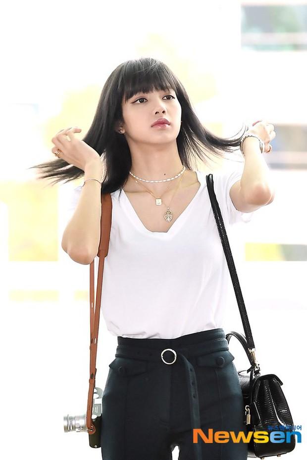Dân tình náo loạn vì Lisa (BLACKPINK) cuối cùng đã để tóc đen: Liệu có bị mất đi vẻ sang chảnh, đẳng cấp? - Ảnh 5.
