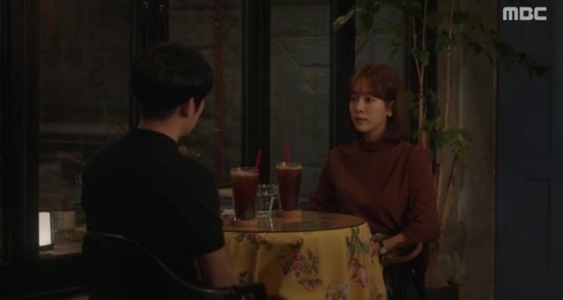 Dọa sẽ bóc phốt nếu không tránh xa Han Ji Min, Jung Hae In dằn mặt tình địch cực gắt trong tập 15 Đêm Xuân - Ảnh 4.