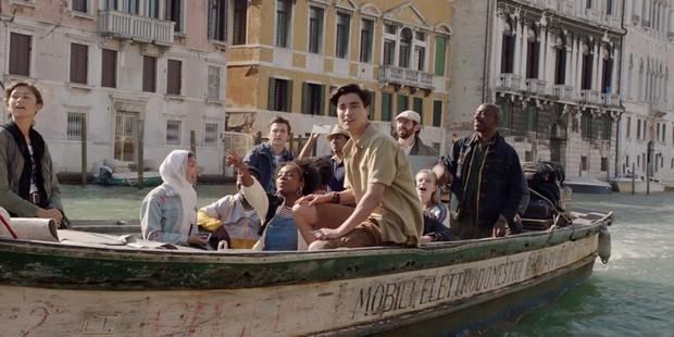 """Điểm danh loạt tọa độ nổi tiếng xuất hiện trong bom tấn """"Người Nhện xa nhà"""": Spider Man đưa khán giả đi khắp châu Âu! - Ảnh 3."""