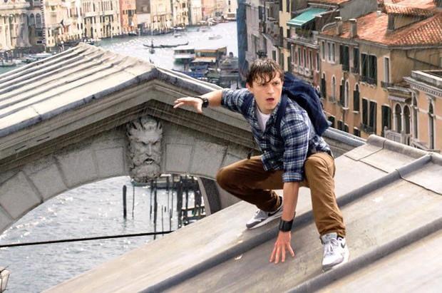 """Điểm danh loạt tọa độ nổi tiếng xuất hiện trong bom tấn """"Người Nhện xa nhà"""": Spider Man đưa khán giả đi khắp châu Âu! - Ảnh 4."""