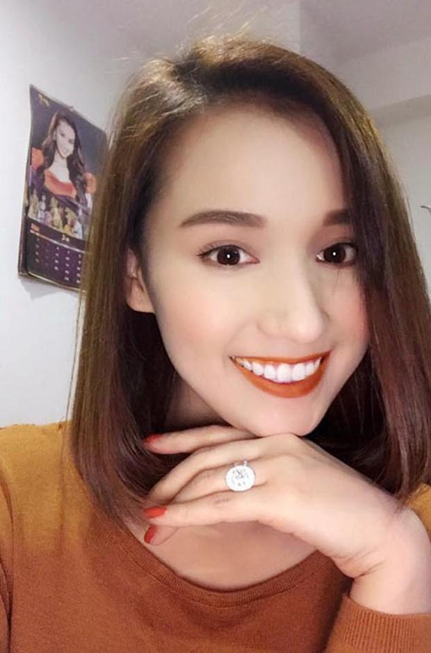 Đông Nhi khoe nhẫn kết hôn tạo thành trend, còn các mỹ nhân Việt khoe nhẫn thì ẩn sau là biết bao giai thoại gây chú ý - Ảnh 11.