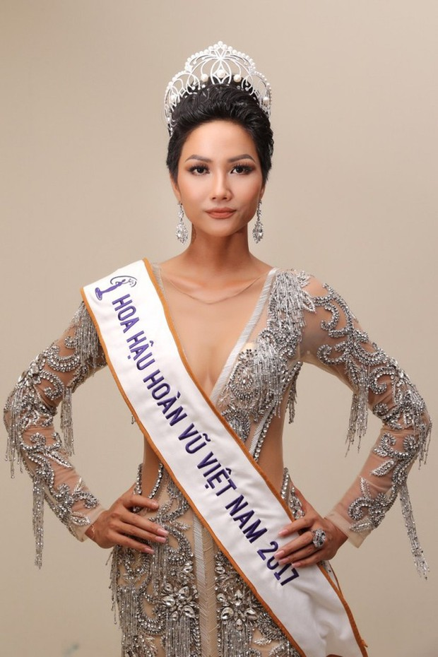 Thực hư chuyện HHen Niê làm gãy chiếc vương miện Hoa hậu trị giá 2,7 tỷ đồng - Ảnh 3.