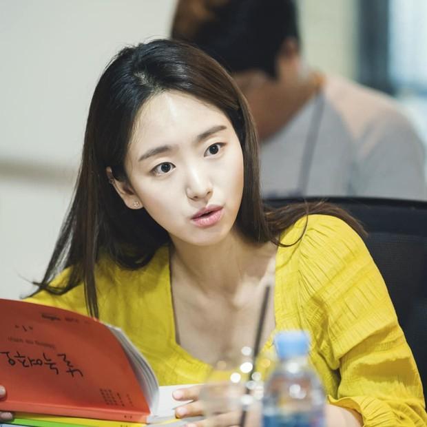 Ji Chang Wook xuất hiện cực bảnh, âm mưu chiếm sóng ngay sau bom tấn của Song Joong Ki kết thúc - Ảnh 5.