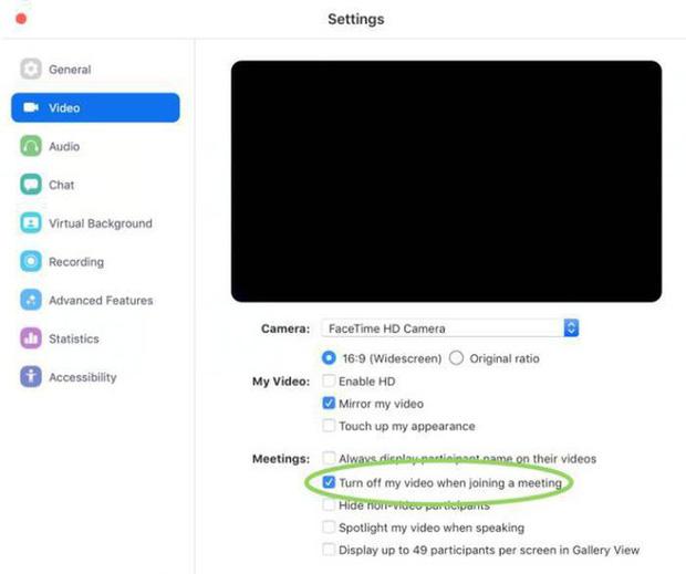MacBook gặp lỗi video call nguy hiểm: Cho phép kẻ xấu dễ dàng bật webcam mà bạn không hề hay biết - Ảnh 2.