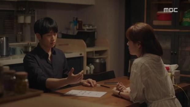 Đêm Xuân tập cuối: Một kết thúc viên mãn cho cuộc tình đầy ắp trái ngoe của Jung Hae In và Han Ji Min - Ảnh 2.