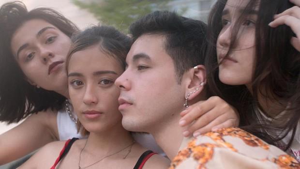 Bóc info từng gương mặt trong hội con lai đình đám nhất Sài Gòn: Thành viên nhỏ tuổi nhất sinh năm 2003, có người lai 5 dòng máu - Ảnh 16.