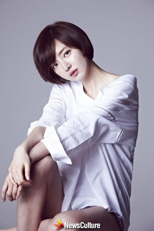 Bóc trần mặt tối cuộc thi Hoa hậu Hàn Quốc: Trao 8 vương miện, đầy quy tắc ngầm, Hoa-Á hậu bán dâm tiền tỷ - Ảnh 9.