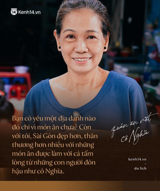 Sài Gòn: Ghé qua quán ăn vặt số 47 để tìm về kí ức tuổi thơ và nghe cô chủ quán tính tiền như đọc rap - Ảnh 1.