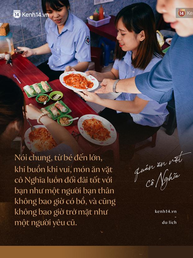 Sài Gòn: Ghé qua quán ăn vặt số 47 để tìm về kí ức tuổi thơ và nghe cô chủ quán tính tiền như đọc rap - Ảnh 4.