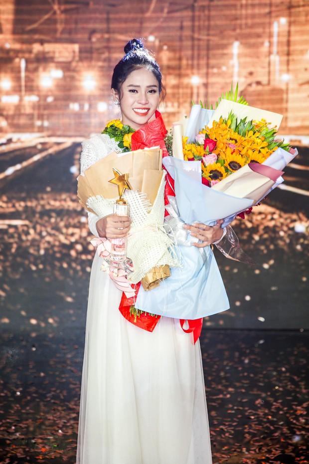 Học trò Ngọc Sơn - Giang Hồng Ngọc lên ngôi Quán quân Thần tượng Bolero 2019 - Ảnh 3.