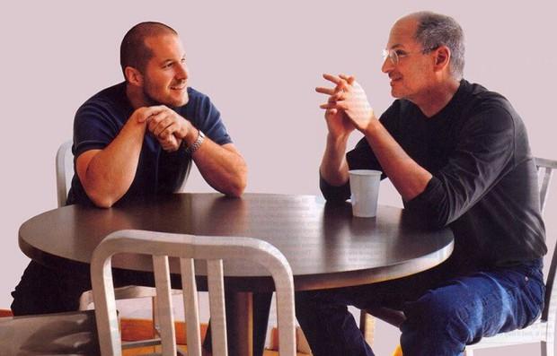 Cặp đôi quyền lực huyền thoại của Apple - Steve Jobs và Jony Ive - đã đến với nhau như thế nào? - Ảnh 1.