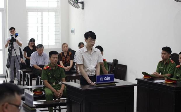 Nữ sinh trường sân khấu điện ảnh đi xem nhà trọ bị gã thầy giáo sát hại, hiếp dâm - Ảnh 1.