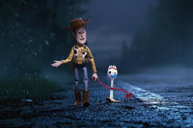 Xuất hiện hội kêu gọi tẩy chay Toy Story 4 vì có cặp đôi đồng tính, netizen đáp trả: Tôi yêu phim này hơn rồi! - Ảnh 4.