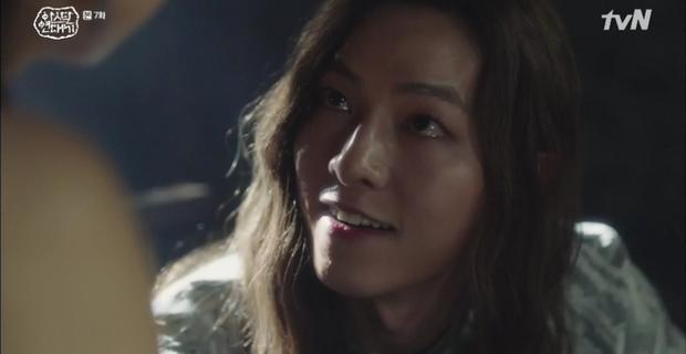 10 khoảnh khắc ấn tượng Arthdal Niên Sử Kí: Kim Ji Won dùng máu nguyền rủa, Song Joong Ki tung twist thay đổi cục diện! - Ảnh 6.