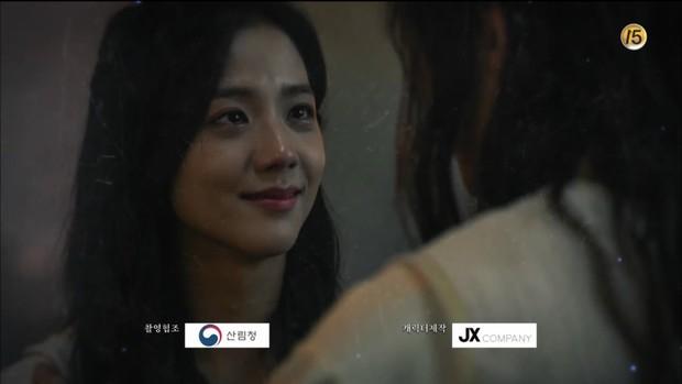 10 khoảnh khắc ấn tượng Arthdal Niên Sử Kí: Kim Ji Won dùng máu nguyền rủa, Song Joong Ki tung twist thay đổi cục diện! - Ảnh 10.