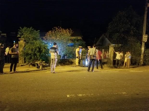 Sau tiếng động lớn, nam thanh niên có hình xăm Family trên cánh tay tử vong trong vườn nhà dân - Ảnh 4.