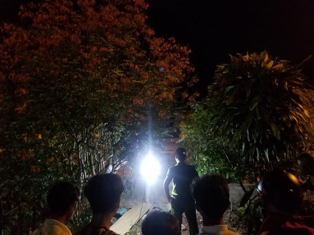 Sau tiếng động lớn, nam thanh niên có hình xăm Family trên cánh tay tử vong trong vườn nhà dân - Ảnh 5.