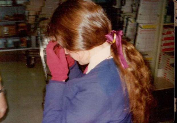 Tai nạn hy hữu khiến người phụ nữ này bị mất giọng từ năm 13 tuổi và cho đến 25 tuổi mới có thể nói trở lại - Ảnh 5.