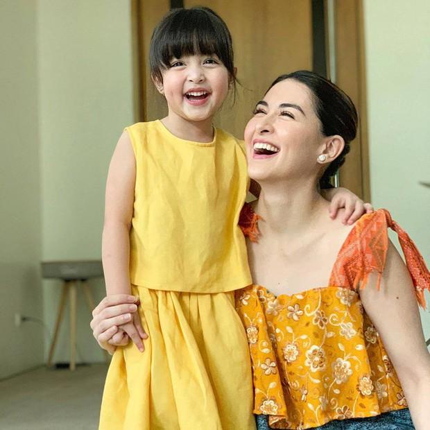 Rụng tim với loạt ảnh đôi của mẹ con mỹ nhân đẹp nhất Philippines: Xinh xuất sắc, giống nhau như bản sao - Ảnh 2.