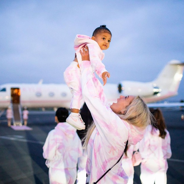 Biết là Kylie Jenner giàu sụ rồi nhưng thấy chiếc trực thăng đi du lịch sương sương của cô nàng thì ai cũng phải e dè - Ảnh 5.