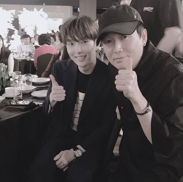 Hôn lễ diễn viên Vợ tôi là Gangster và chồng kém 11 tuổi: Lee Jun Ki lộ cằm lạ, dàn sao đình đám đồng loạt tới dự - Ảnh 5.