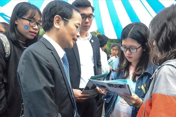 Đại học Luật Hà Nội công bố điểm sàn xét tuyển năm 2019 - Ảnh 1.