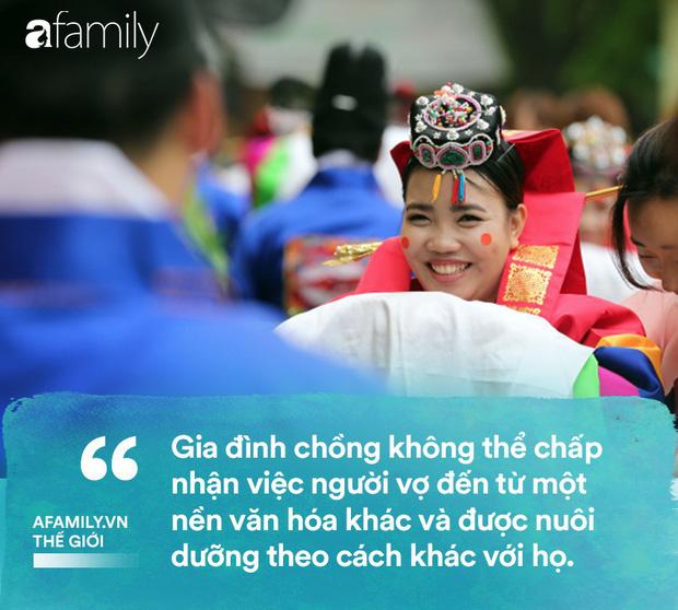 Phụ nữ nước ngoài lấy chồng Hàn Quốc: Bị cả gia đình chồng và xã hội chối bỏ cùng những góc khuất đắng cay khác không phải ai cũng thấu hiểu - Ảnh 3.