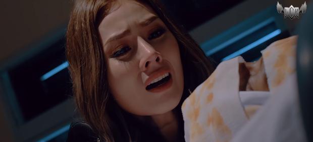 Web drama của Lâm Chấn Khang vừa vượt mặt Sơn Tùng: Đánh đấm như... siêu anh hùng, lại còn có cả màn tái sinh cực lầy - Ảnh 12.