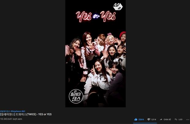 TWICE đạt thành tích gì mà chỉ cần 10 triệu lượt xem đã soán ngôi MOMOLAND, đánh bại Red Velvet? - Ảnh 1.
