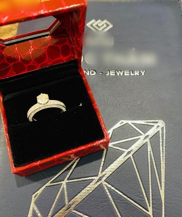 Hậu sinh con thứ 3, Hải Băng tiết lộ được chồng mạnh tay chi 100 triệu 1 tháng để sắm hàng hiệu xa xỉ - Ảnh 2.