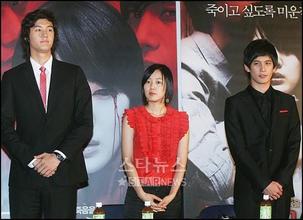 Giật mình các nam thần Hàn cao trên 1m9 đứng bên đồng nghiệp: Như người khổng lồ, Lee Kwang Soo chưa là gì với Rowoon - Ảnh 4.